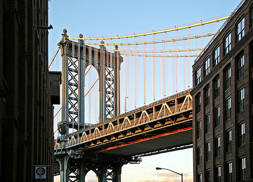 Dumbo_bridge.jpg